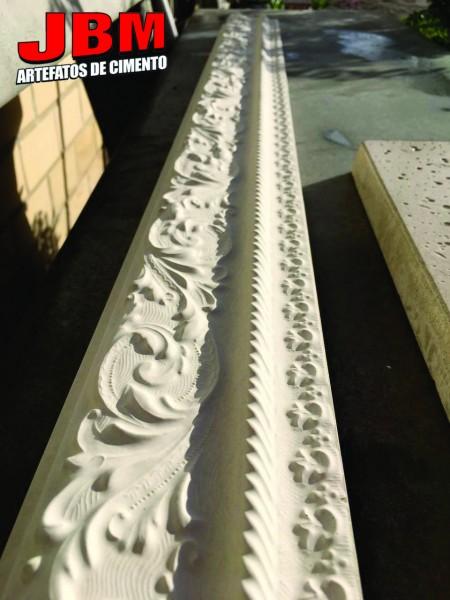 Moldura de concreto